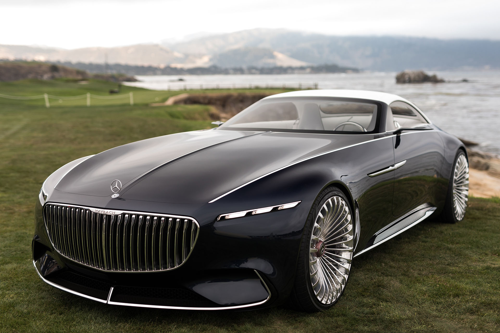 2017 monterey the vision mercedes maybach 6 cabriolet for Mercedes benz future