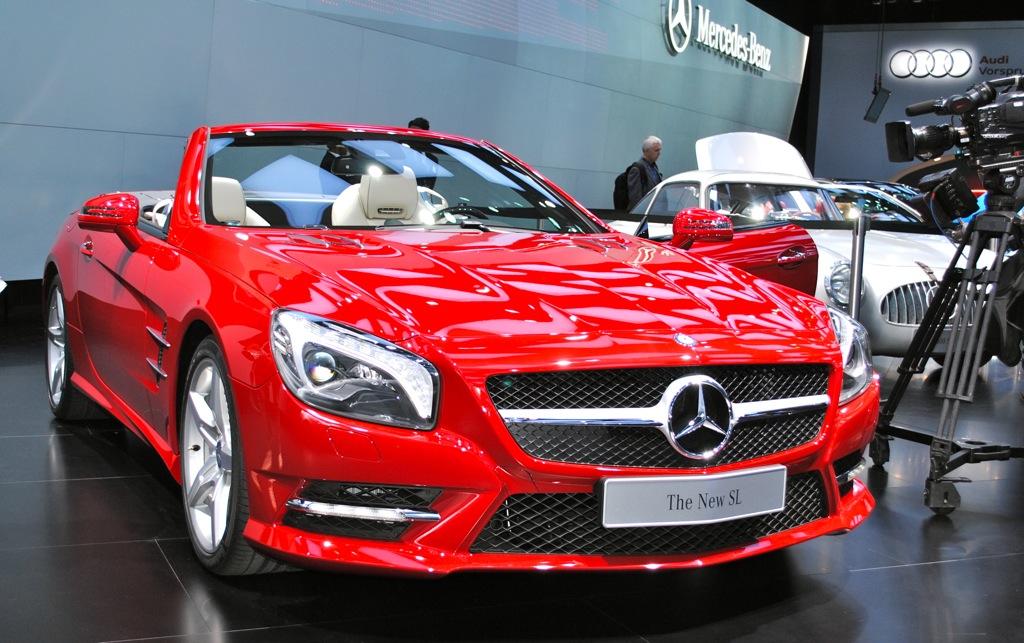 2012 Detroit: 2013 Mercedes-Benz SL-Class