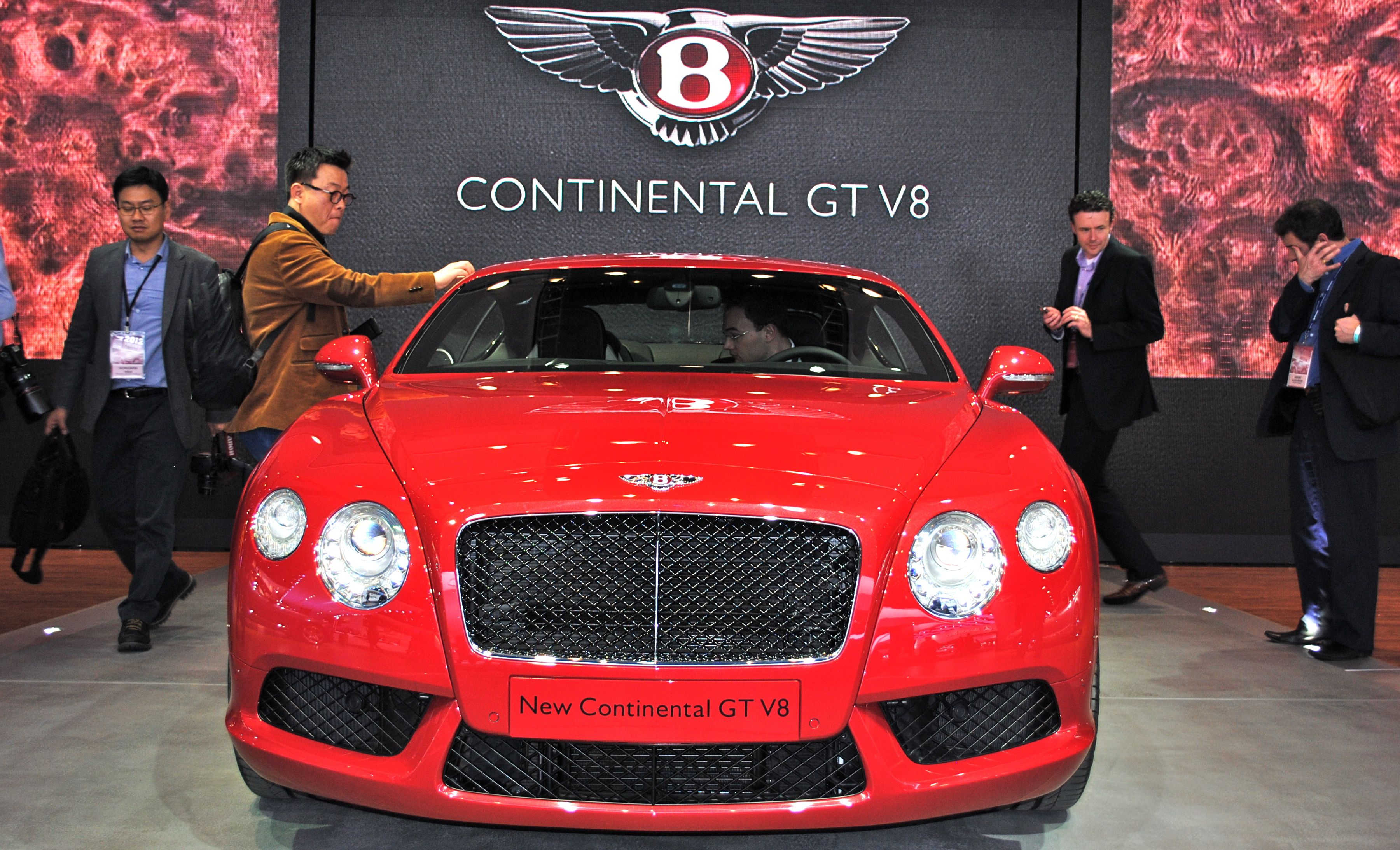 2012 Detroit: 2013 Bentley Continental GT V8