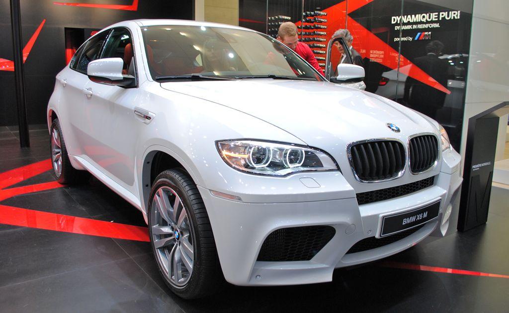 2012 Geneva: 2013 BMW X6 M