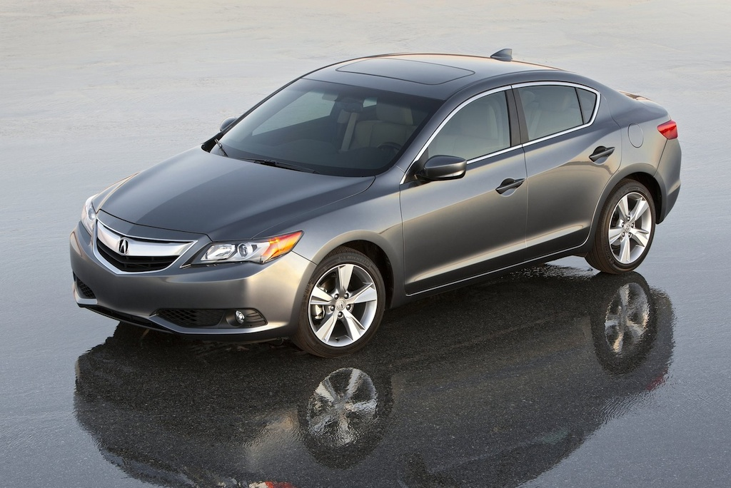 2013 Acura ILX Front High Angle 3/4 Left
