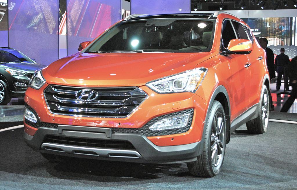 2012 New York: 2013 Hyundai Santa Fe