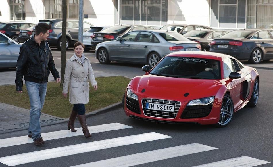 Audi e-tron fake sound