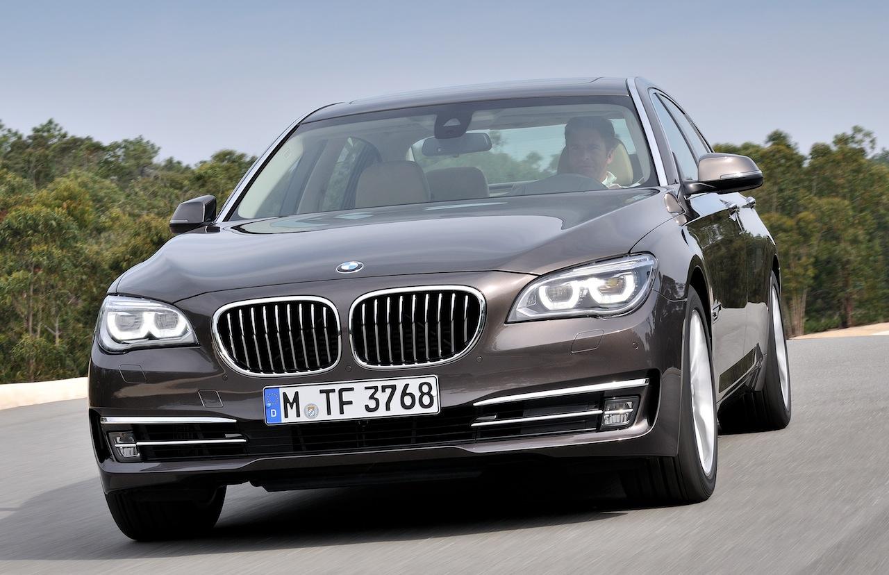 2013 BMW 750 Li Front Angle