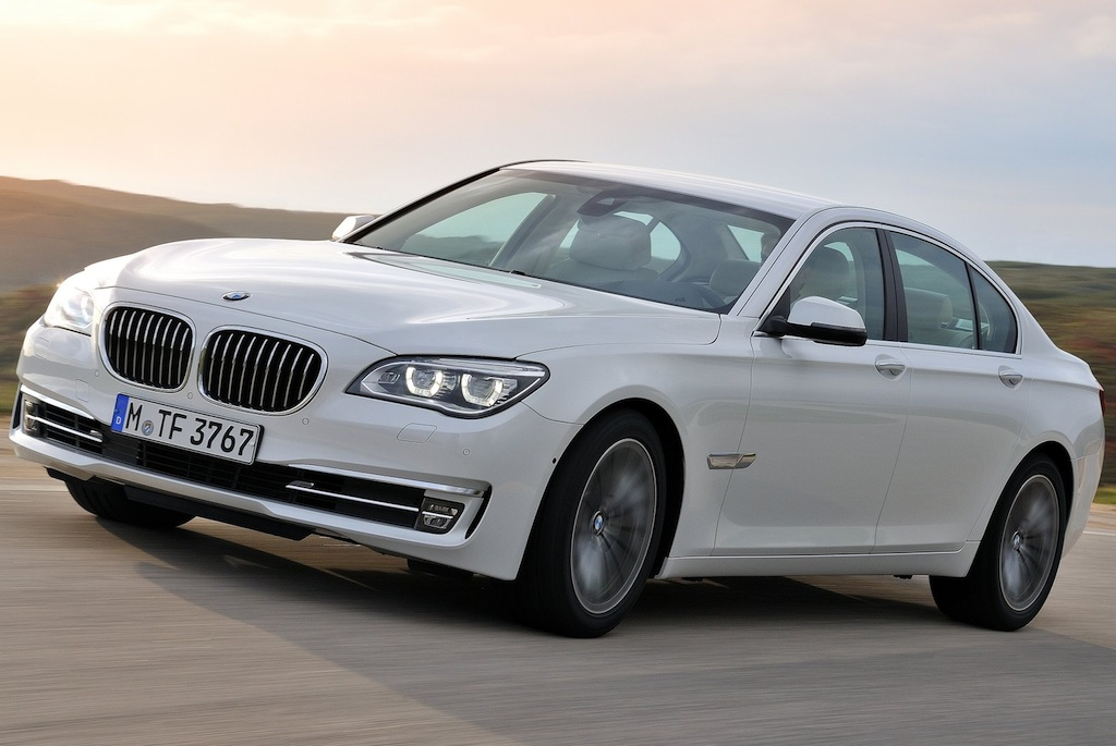 2013 BMW 7-Series Front 3/4 Left In Motion
