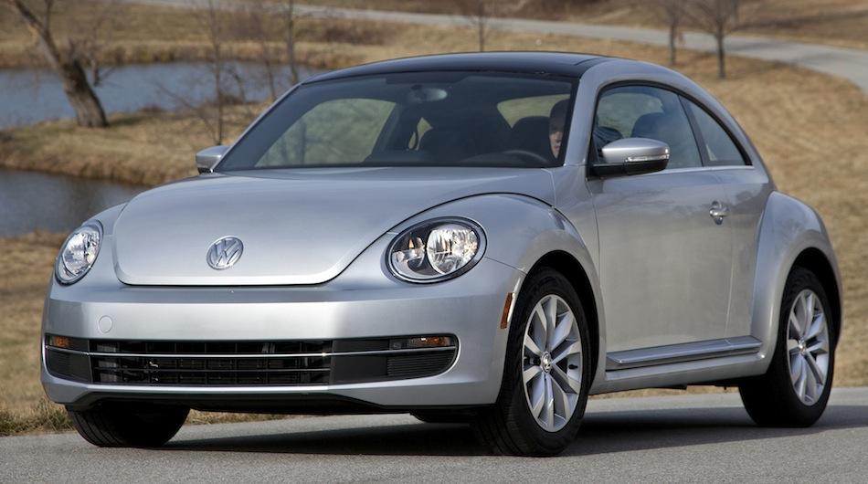 2013 Volkswagen Beetle TDI Diesel Front 3/4 Angle
