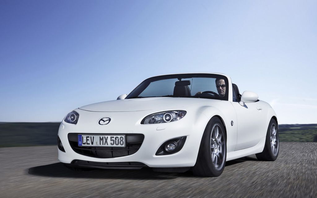 Mazda Miata MX-5 Yusho Prototype Front 3/4 Left In Motion