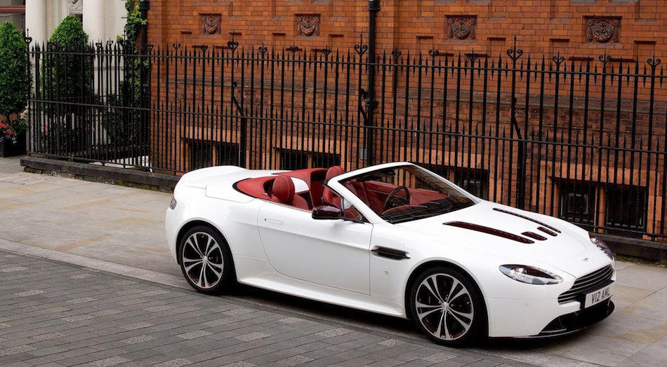2013 Aston Martin V12 Vantage Roadster Front Right 7/8 Top Down