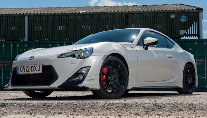 Toyota TRD GT86 Special Edition Front 7/8 View