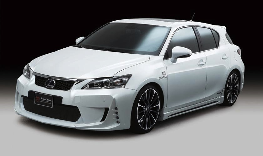 Wald International Lexus CT 200h Front 3/4 View