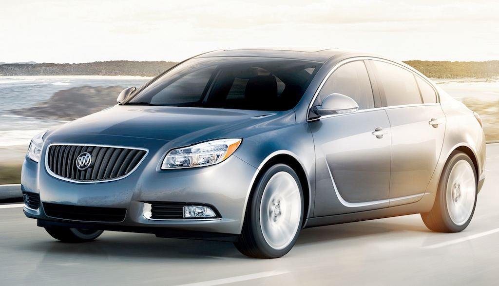 2013 Buick Regal Front 7/8 View