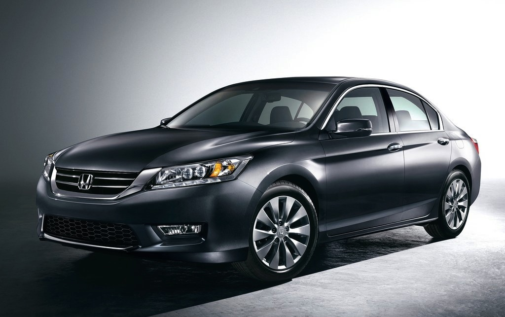 2013 Honda Accord Sedan First Look Front