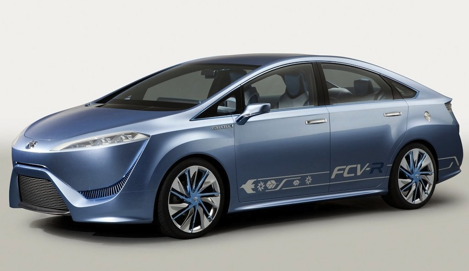 Toyota FCV-R Concept Front 7/8 View
