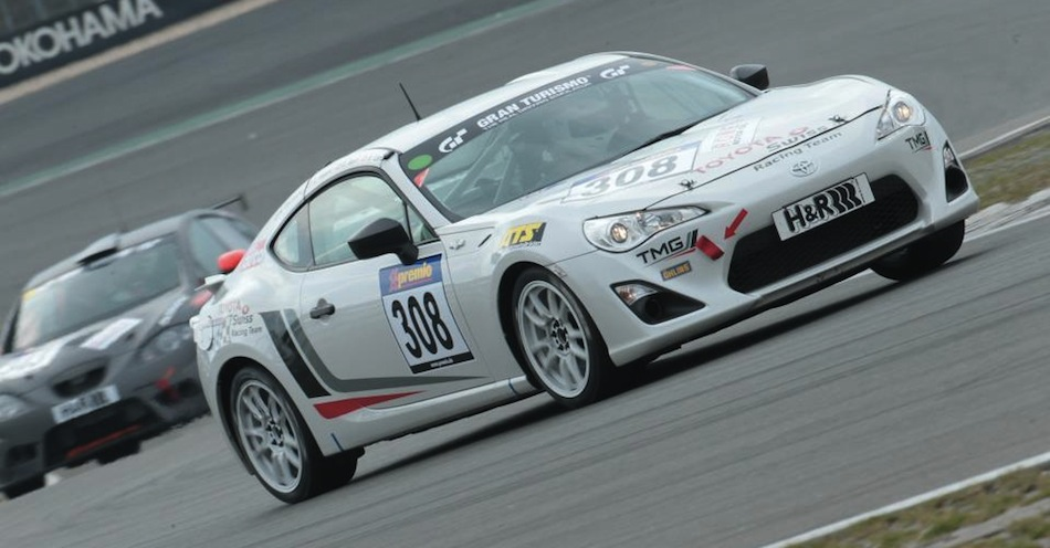 Toyota GT 86 CS-V3 Front 3/4 Track Action