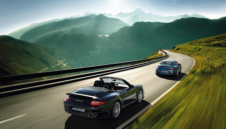 2011 Porsche 997 Turbo Coupe And Cabrio Cruising