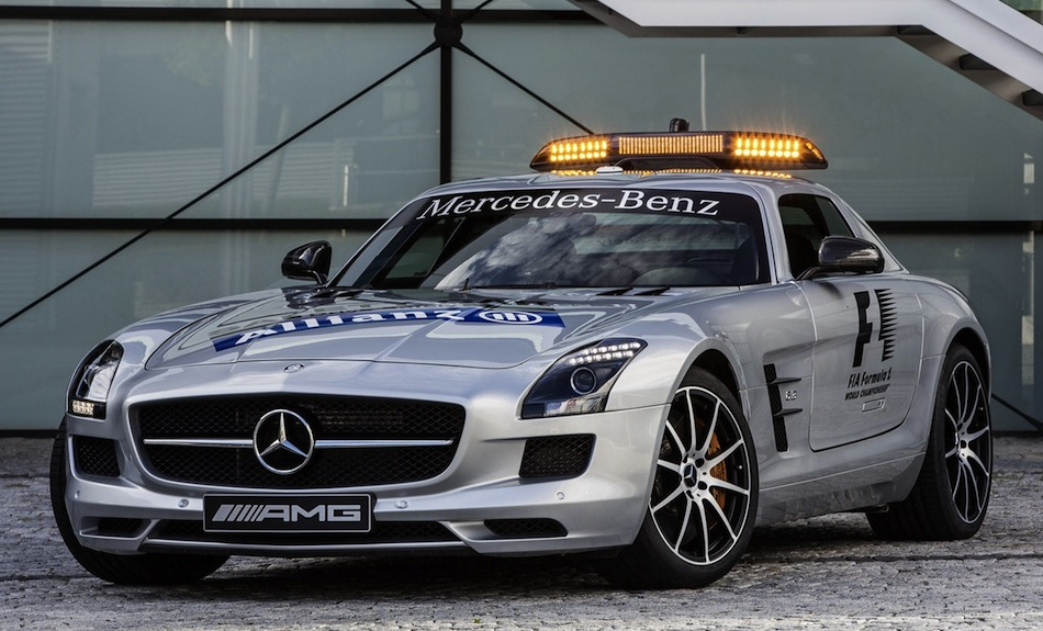 2013 Mercedes-Benz SLS AMG GT Safety Car Front 3/4 View