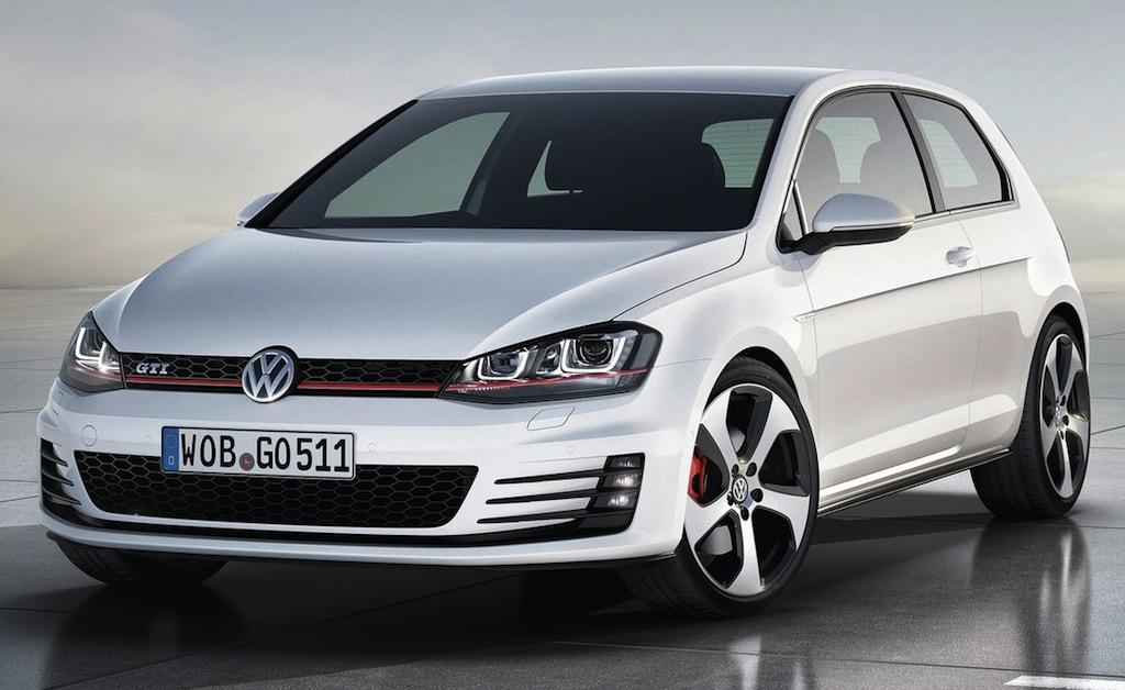 2013 Volkswagen Golf GTI Concept Front 3/4 View