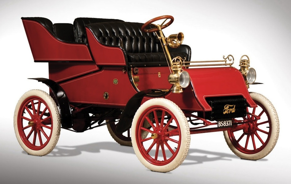 1903 Ford Model A Front 3/4 View