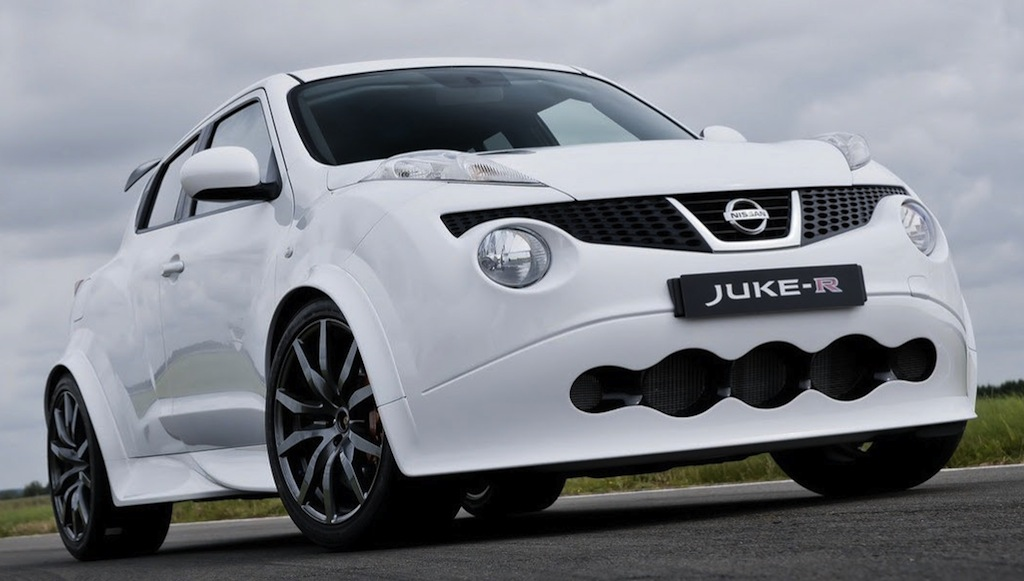 Nissan Juke-R 001 Front 3/4 View