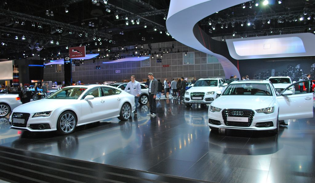 2012 LA: Audi TDI Display