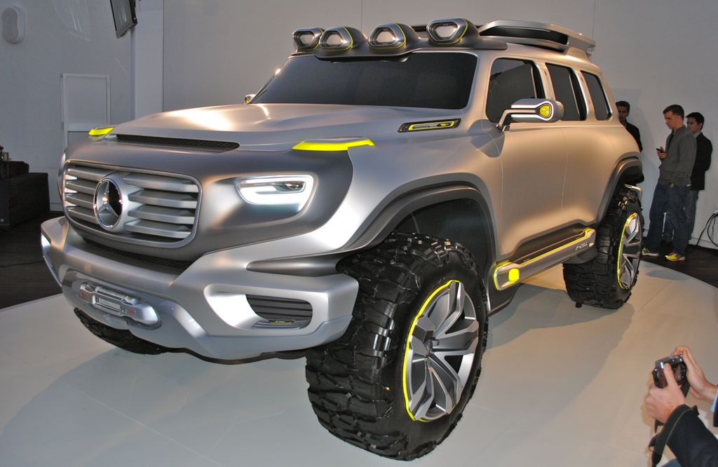 2012 LA: Mercedes-Benz Ener-G-Force Main