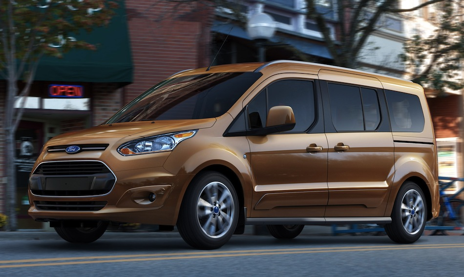 2014 Ford Transit Connect Wagon Front 7/8 Action View