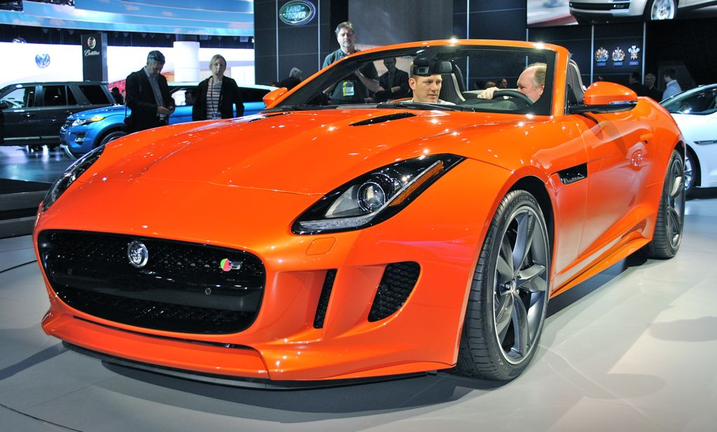 2012 LA: 2013 Jaguar F-TYPE Front 3/4 View