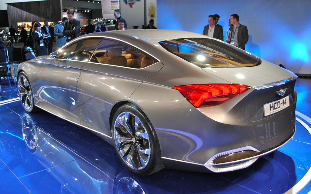 2013 Detroit: Hyundai HCD-14 Genesis Concept Rear 7/8 View