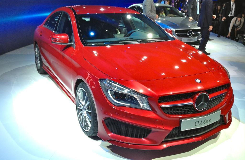 2013 Detroit: 2014 Mercedes-Benz CLA Class Front Top 3/4 View