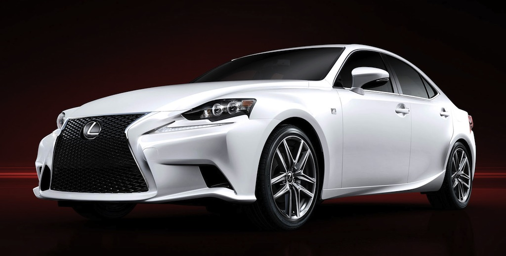 2014 Lexus IS 350 F Sport Front 7/8 View