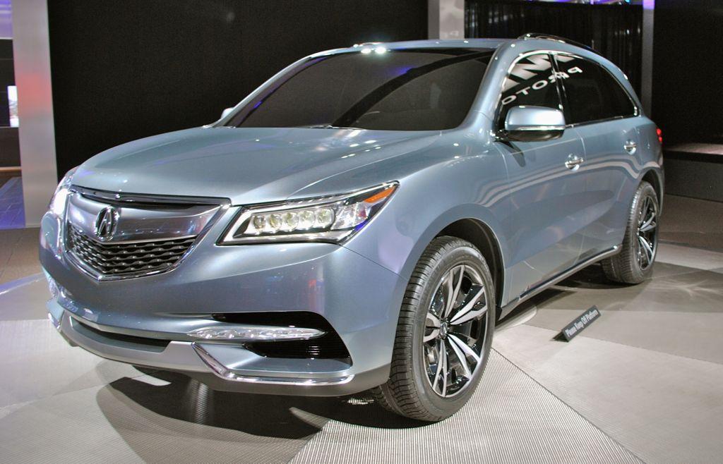 2013 Detroit: 2014 Acura MDX Prototype Front Quarter View