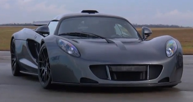 Hennessey Venom GT sets 0 to 186 mph Guinness World Record