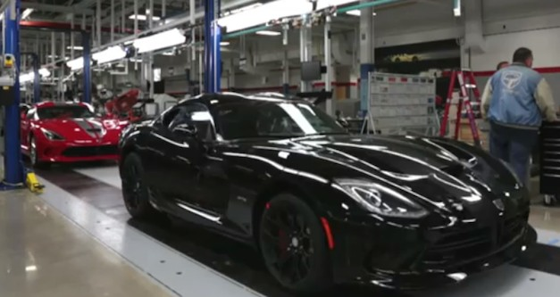 NYT takes us behind the scenes of the 2014 SRT Viper assembly line