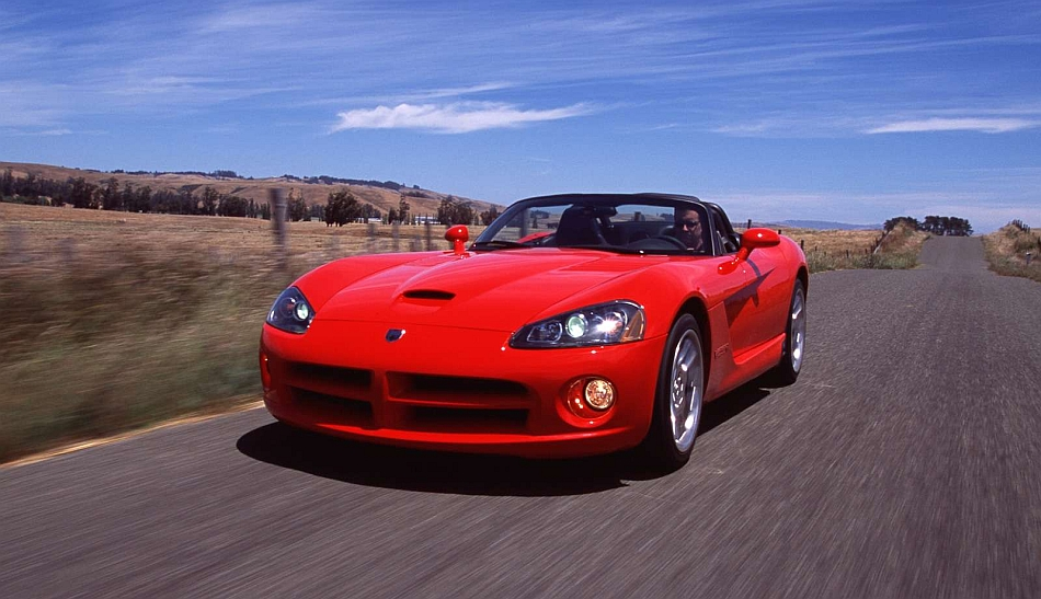 2003 Dodge Viper SRT-10 Front 3-4 Left Cruising