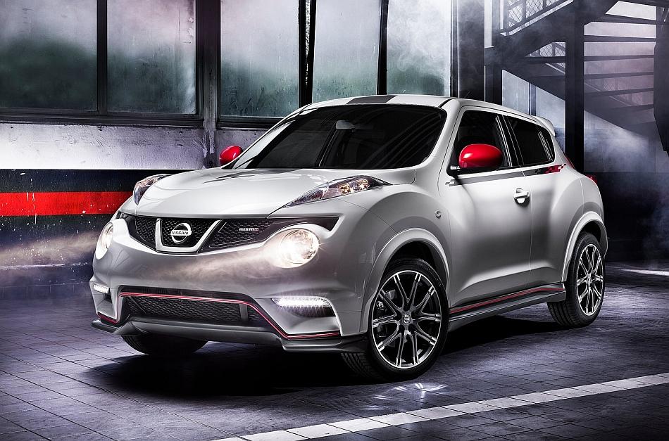2013 Nissan Juke Nismo Front 3-4 Left Studio Shot