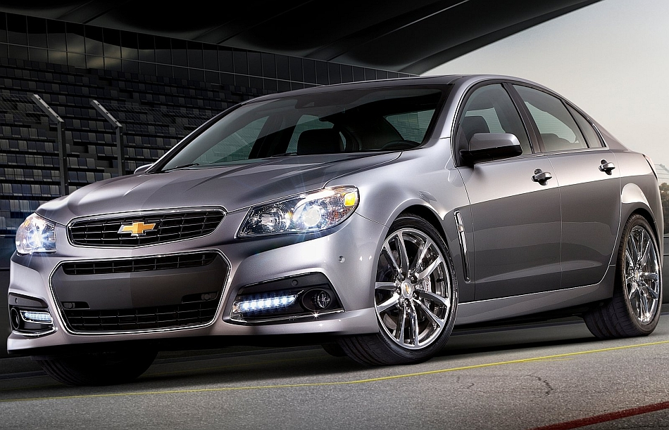 2014 Chevrolet SS Sedan Front 3-4 Left Angle