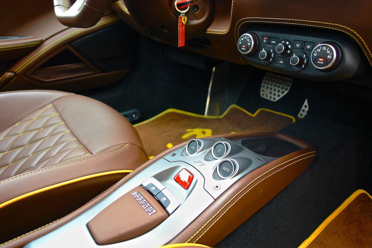 2010 Ferrari 458 Review Center Console