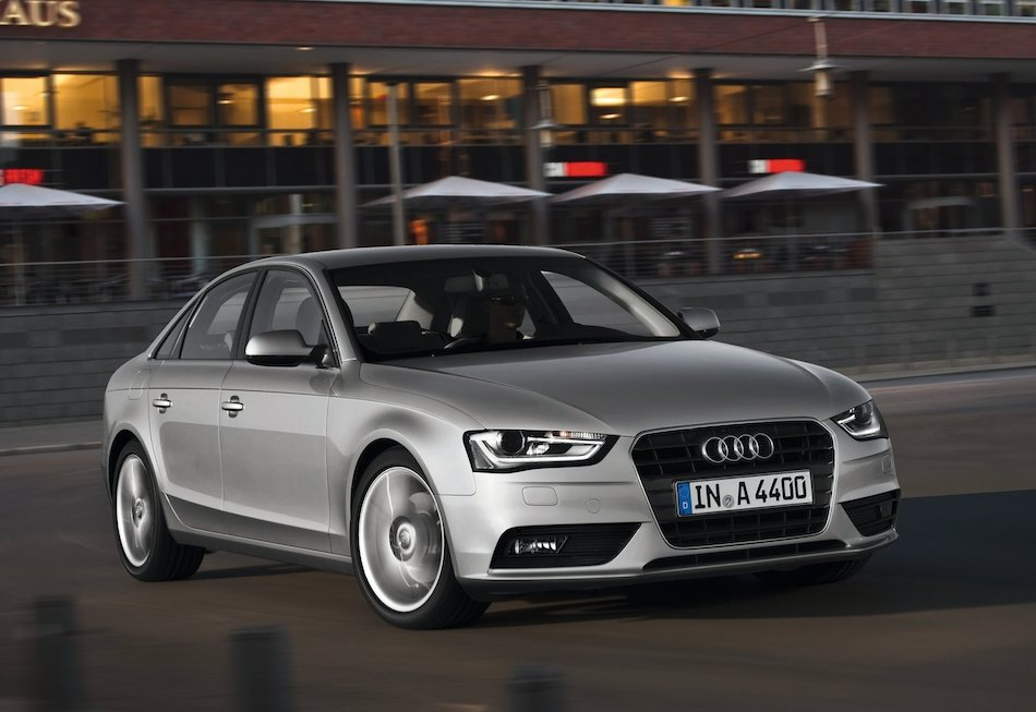 2013 Audi A4 Front 3-4 Right Cruising