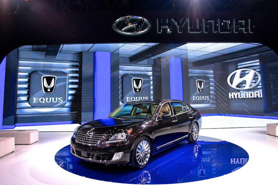 2014 Hyundai Equus NYIAS Display