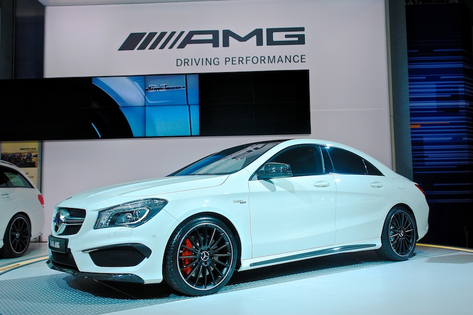 2014 Mercedes-Benz CLA45 AMG NYIAS Front 7-8 Left