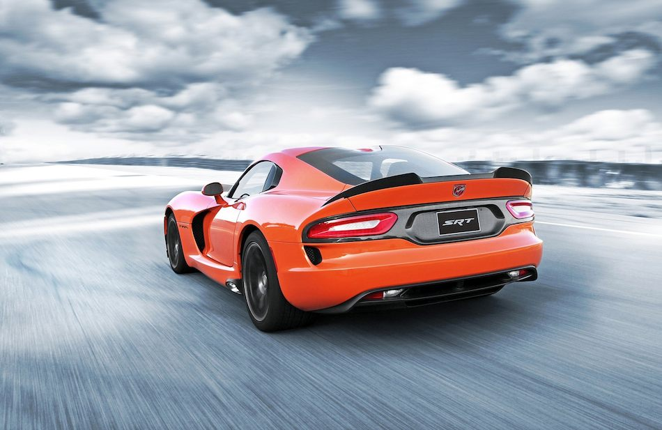 2014 SRT Viper TA Rear 3:4 Left