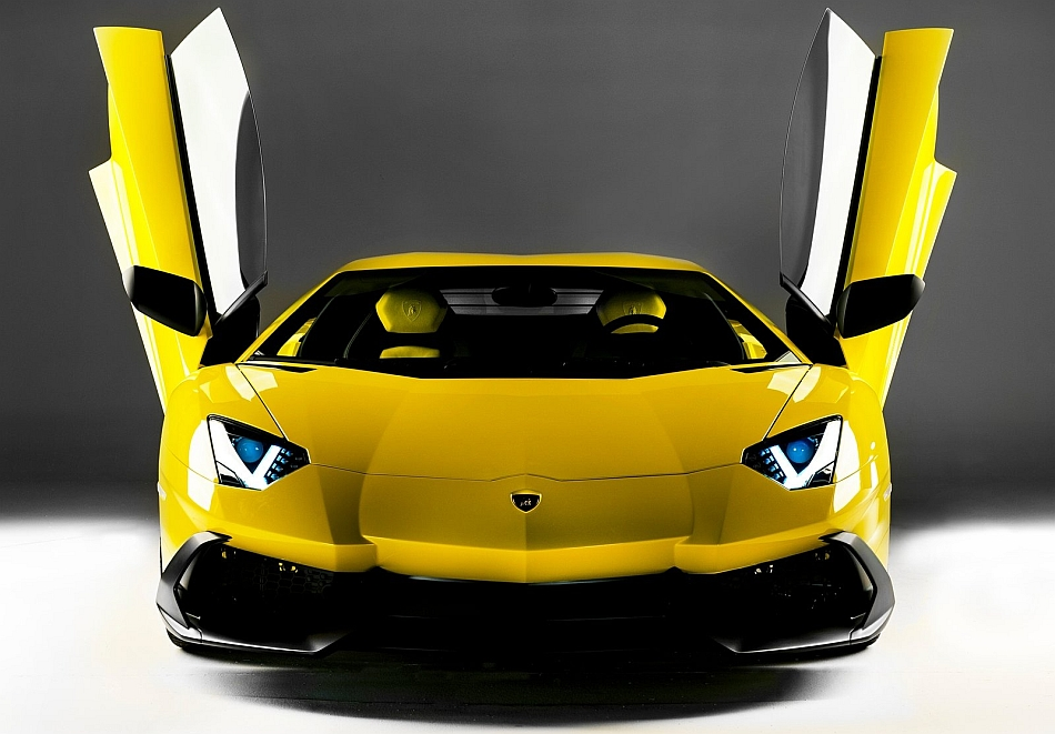 2013 Lamborghini Aventador LP 720-4 50th Anniversary Front Profile Studio Shot Doors Open