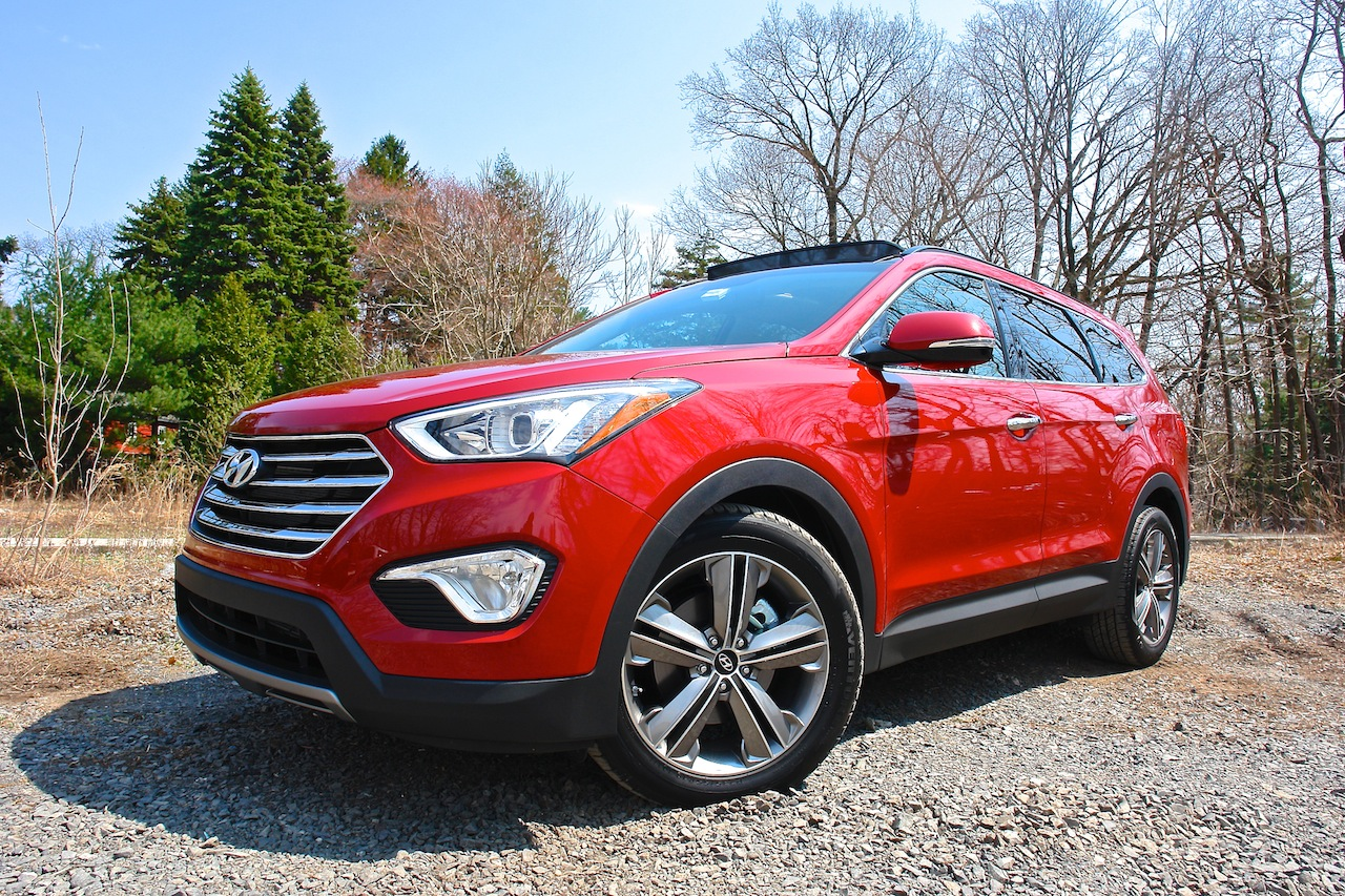 First Review - 2013 Hyundai Santa Fe Limited AWD Front 3-4 Left Profile