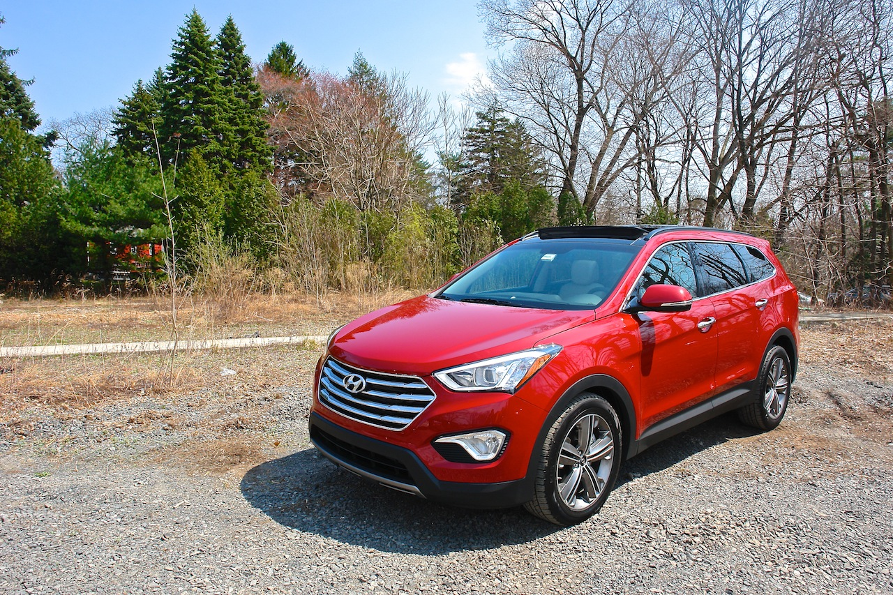 First Review - 2013 Hyundai Santa Fe Limited Front 3-4 Left Shot