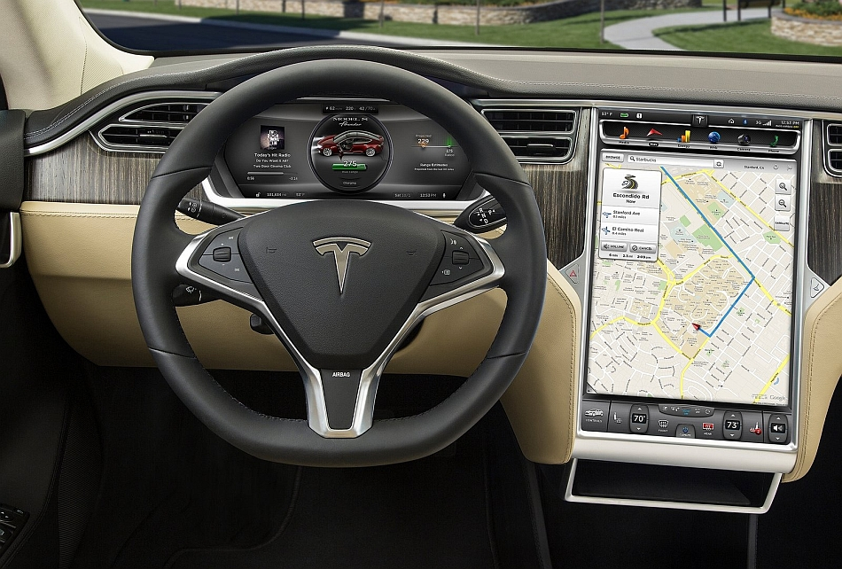 2013 Tesla Model S Dashboard