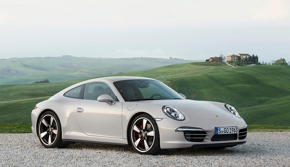 2013 Porsche 911 50th Anniversary Edition Front 3-4 Right