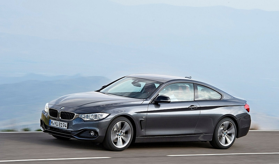 2014 BMW 4-Series Coupe Front 7-8 Cruising Left