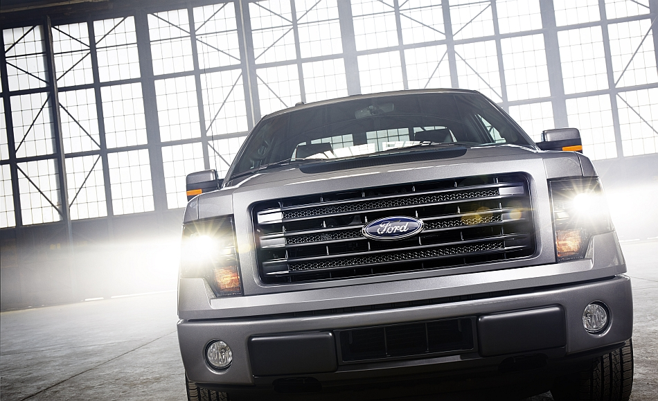 2014 Ford F150 Tremor Front