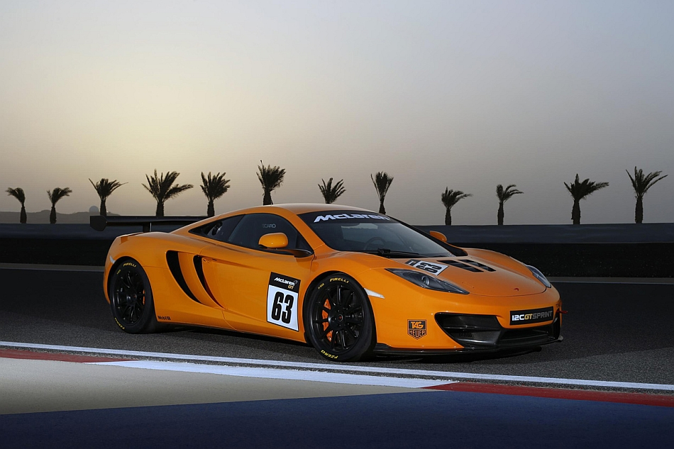 2013 McLaren 12C GT Sprint Front 3-4 Right