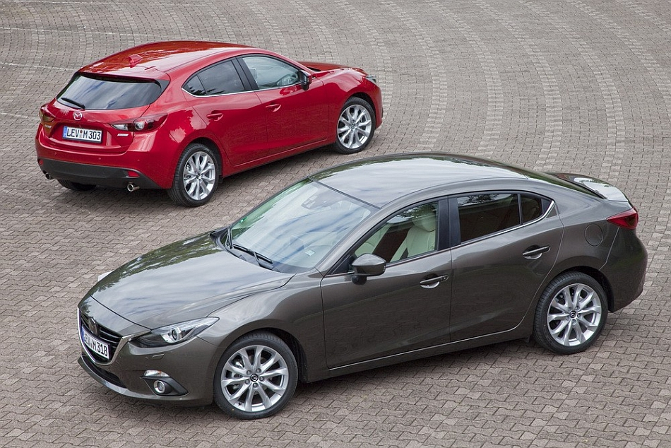 2014 Mazda3 Sedan Photo Leak with Hatch